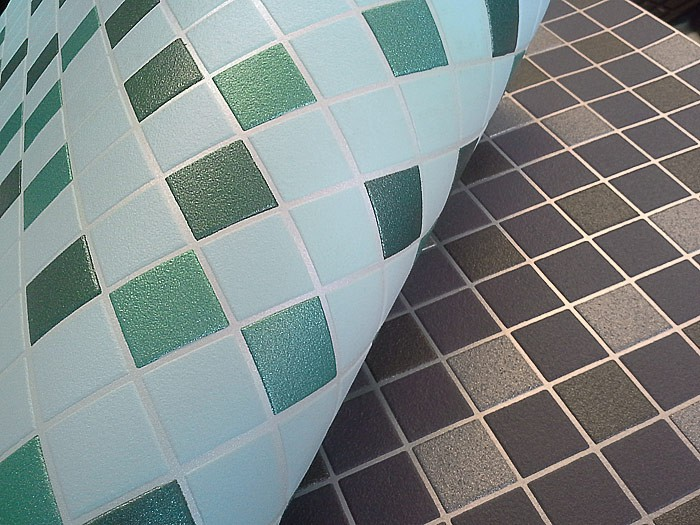 20170316&163047_Mozaiek Bloemen Badkamer ~   vinylbehang keuken badkamer mintgroen turquoise smaragdgroen zilver